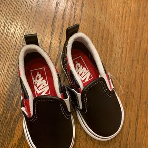 Vans Shoes - Vans kids shoes with red flames